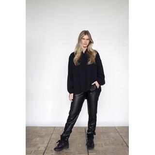 Trousers - W21N1020 - black leatherlook